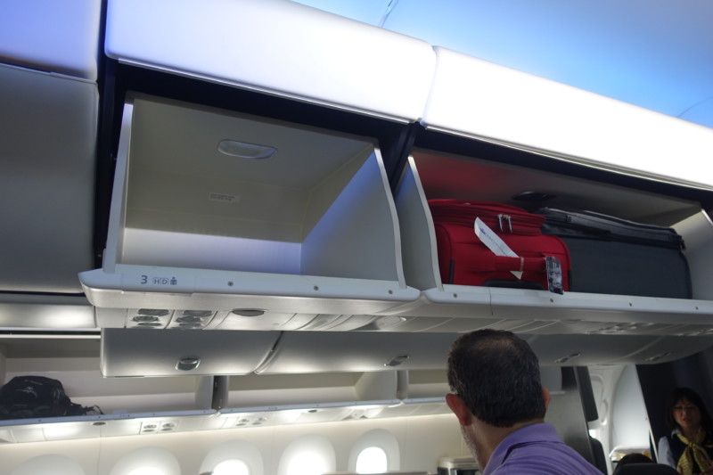 american airlines business class 787 ord-nrt overhead space
